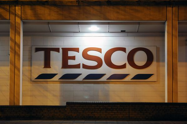 Tesco's worldwide  chief executive Trevor Masters to leave after 38 years